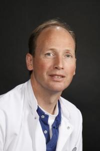 dr. J.A.B. (Joost) van der Hoeven