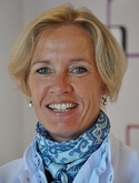 dr. M.B.E. (Marian) Menke-Pluijmers